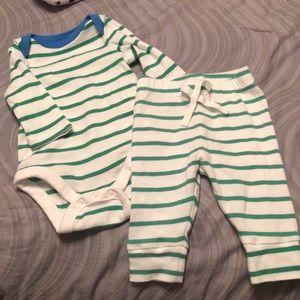 🎈Like new! Baby Gap long sleeve onesie and pants